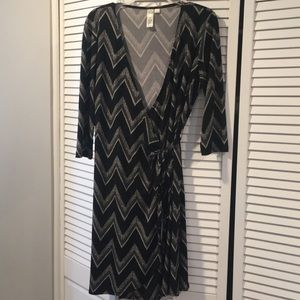 Black and white Wrap dress size large